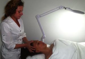 Anti ageing face treatment